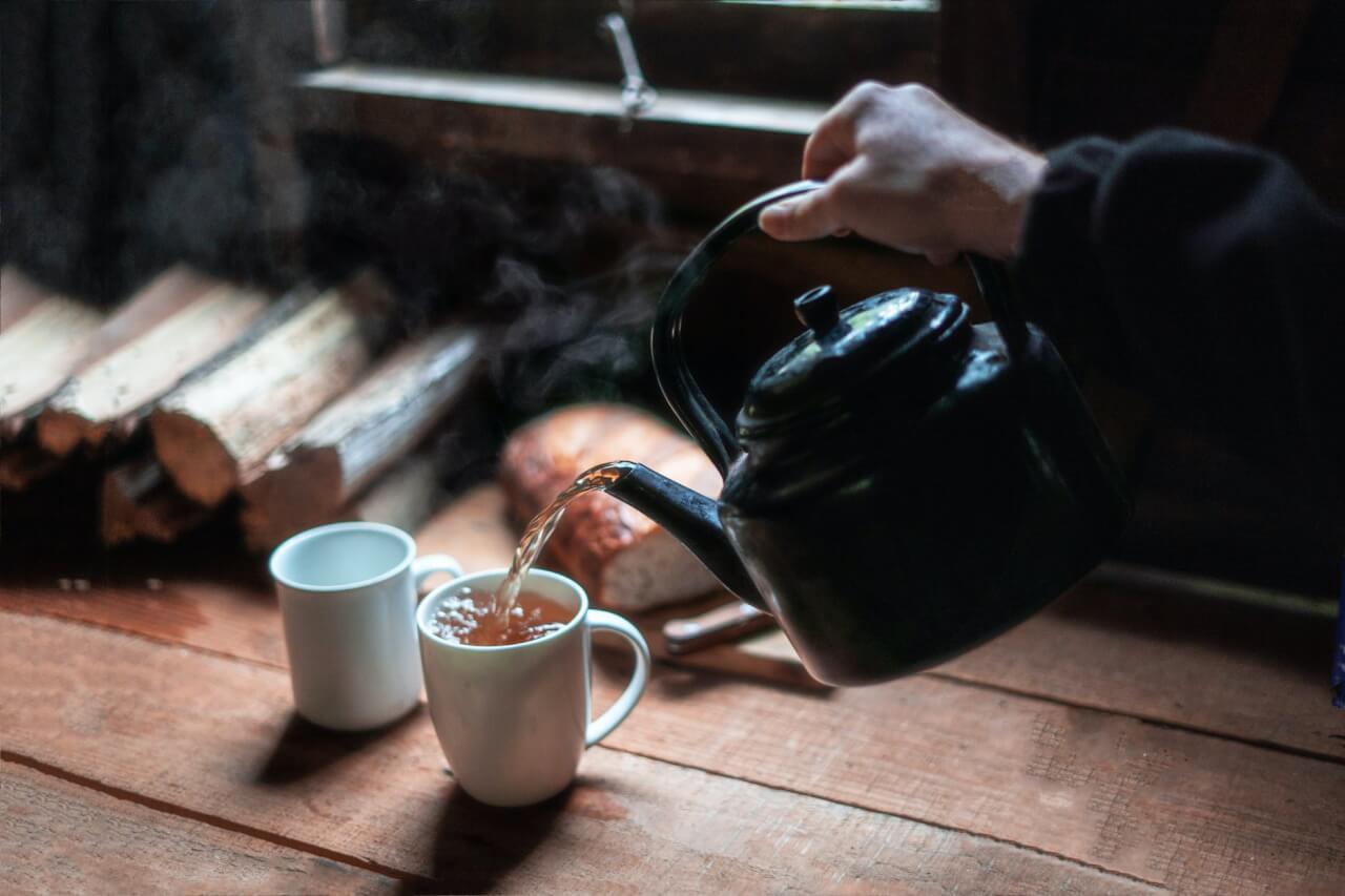 les bienfaits de boire une boisson chaude